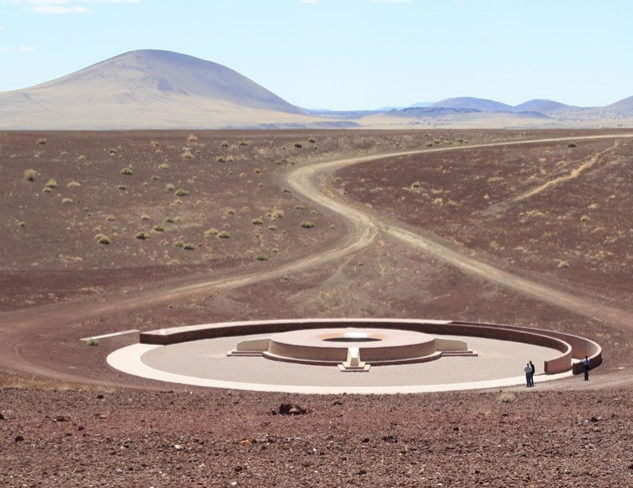postimage-roden-crater-aerial-view-turrell